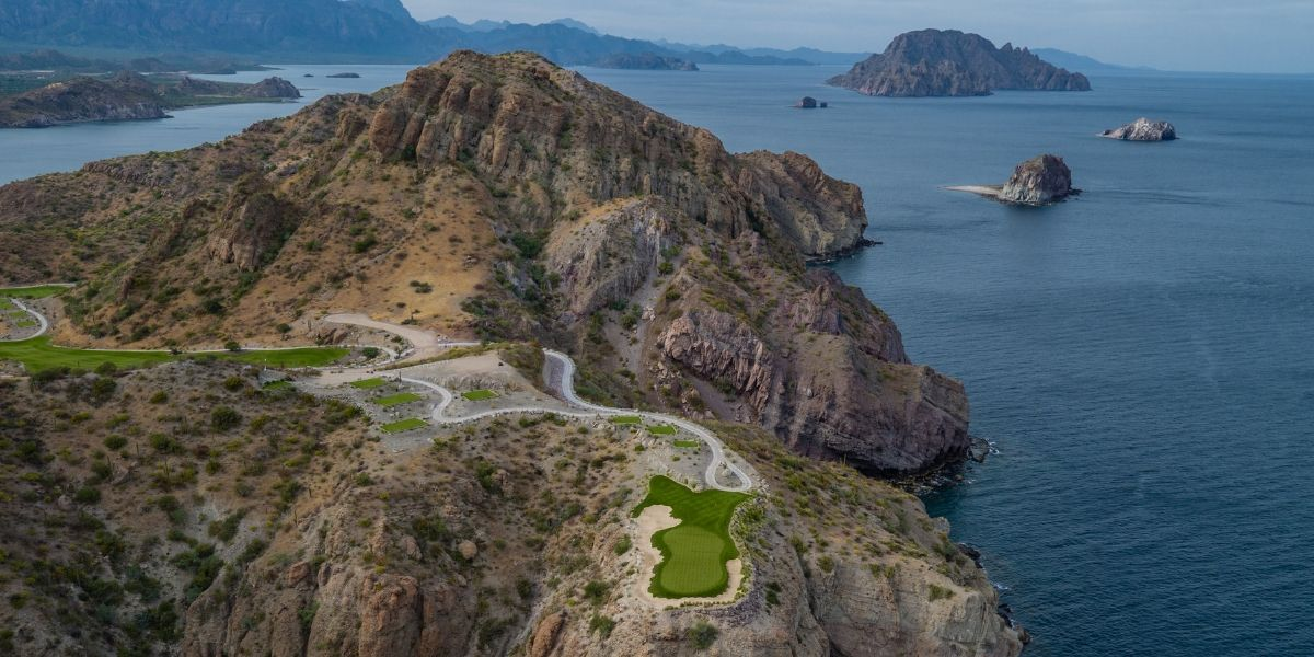 Hole 17 at TPC Danzante Bay Golf Course