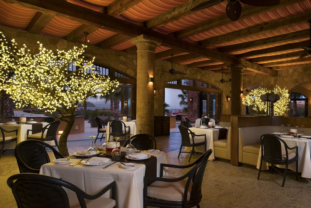 the market restaurant at Villa del Palmar Loreto