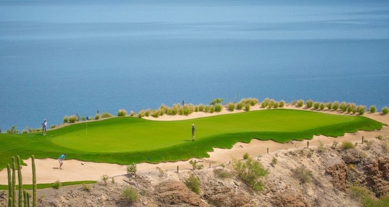 Playing golf in Loreto Mexico