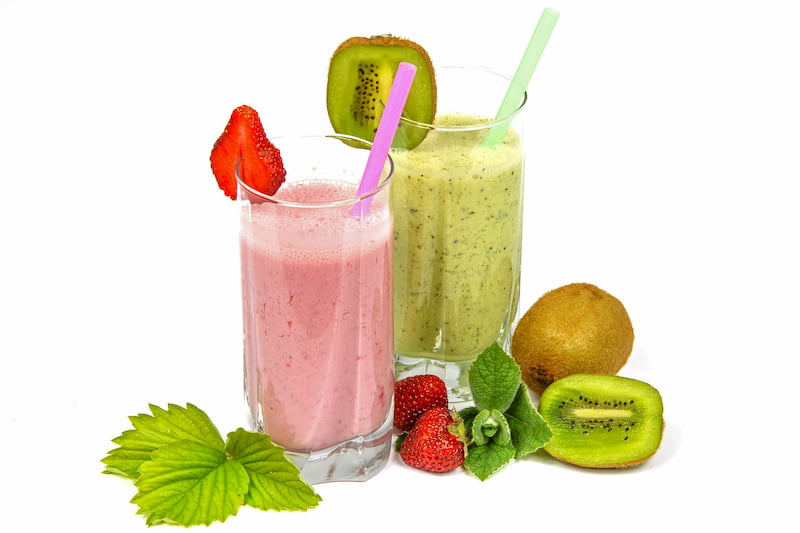 Best Foods to Fuel Your Round Smoothies